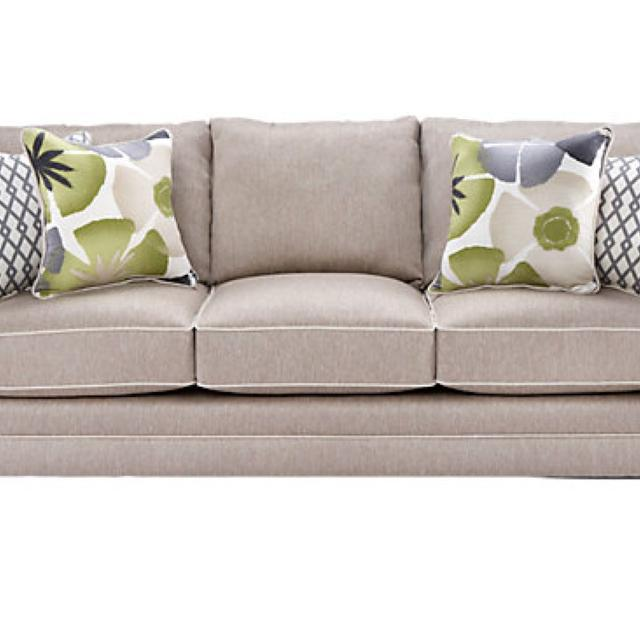 Find More Rooms To Go Lilith Pond Sofa Bought A Few Months Ago Richmond Va Centerfieldbar Com