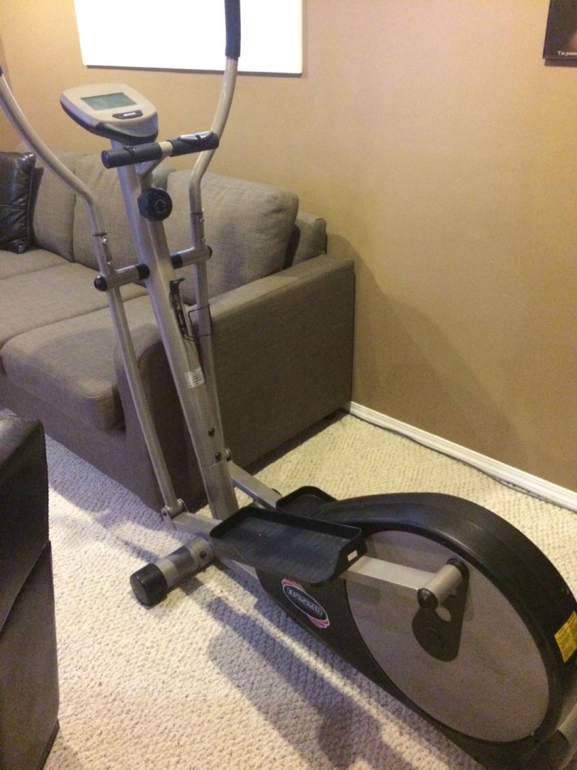 Find More Sportek Ee220 Deluxe Magnetic Elliptical Machine For Sale At Up To 90 Off Because it was broken, i've been searching on internet but i didn't find any website about it. sportek ee220 deluxe magnetic elliptical machine