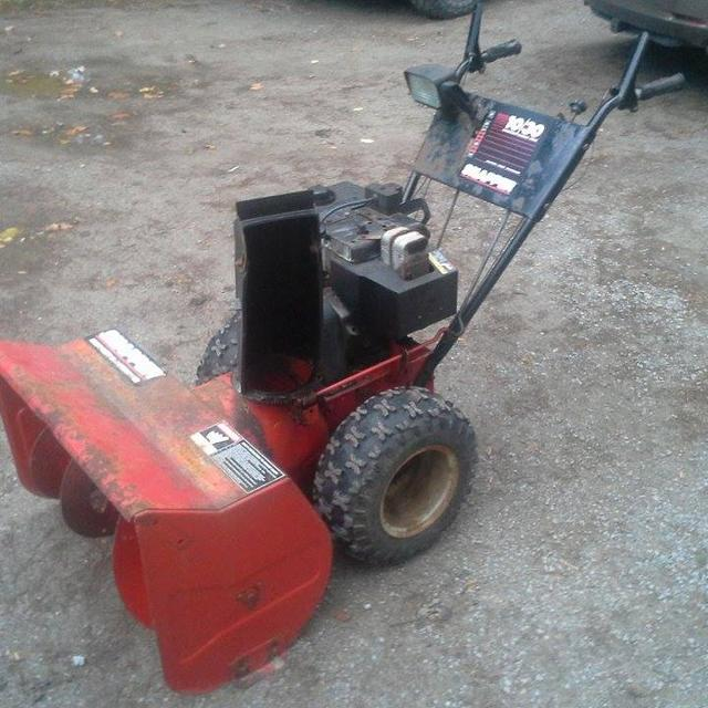 Snapper 10HP 38Inch 2 Stage Snowblower