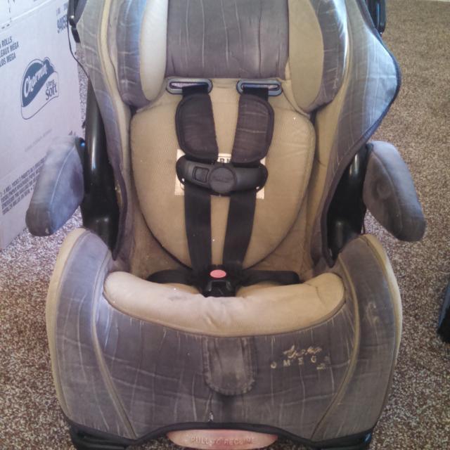 Cosco Alpha Omega Elite Car Seat For Toddler