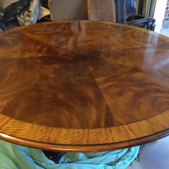 """Best Henredon Natchez Collection 64"""" Round Table for sale ..."""