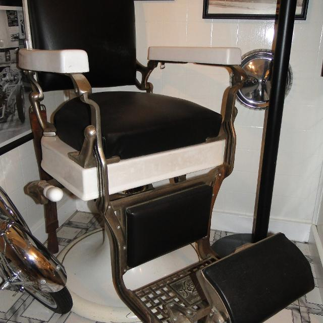 Vintage KOKEN Barber Chair - Best Vintage Koken Barber Chair For Sale In Battle Creek, Michigan