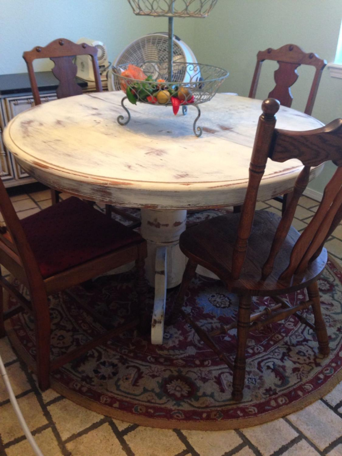 Best Round Table Painted And Distressed With Annie Sloan ...
