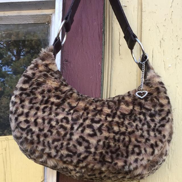 988bb66296cb Cheetah purse
