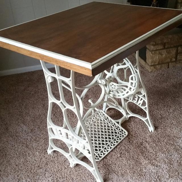 Best Refurbished Sewing Machine Table For Sale In Garnett Kansas Impressive Refurbished Sewing Machines Sale