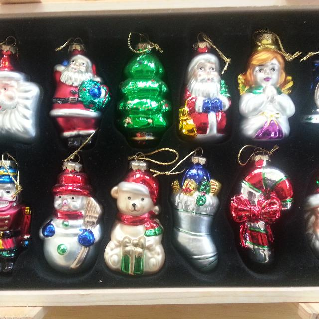 Thomas Pacconi Designer Museum Series EXCELLENT CONDITION 12 gorgeously  designed blown glass Christmas ornaments & wooden - Find More Thomas Pacconi Designer Museum Series Excellent Condition
