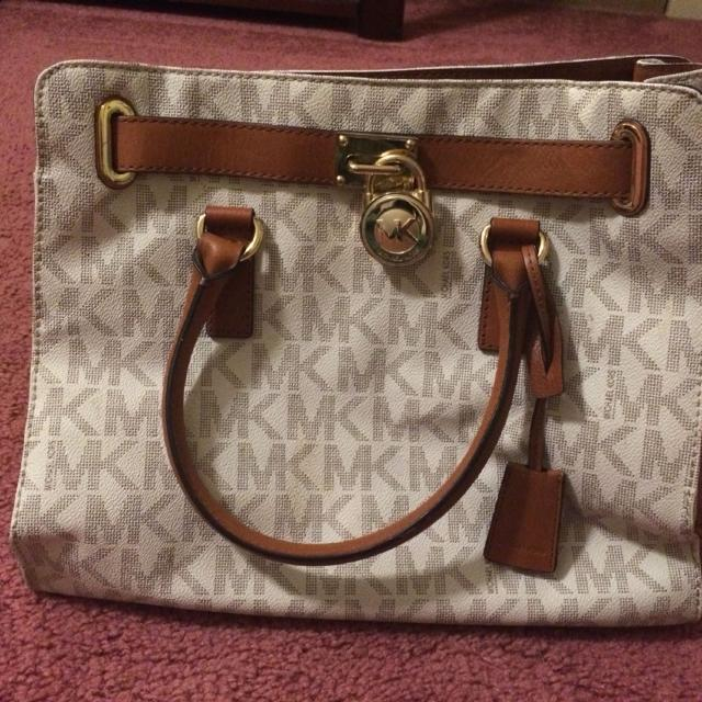 eee5a5b58c0f Best Michael Kors Mk White Brown Purse Hand Bag Like New Womens for sale in  Arlington, Texas for 2019