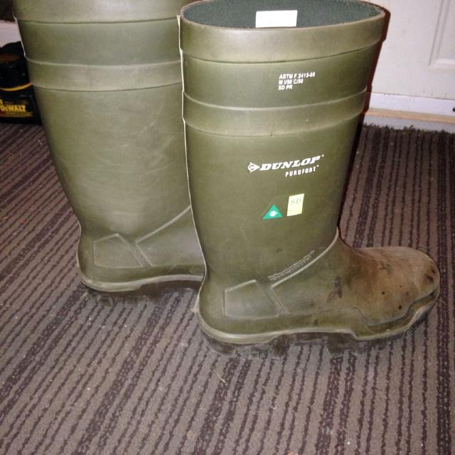 06de12dc6ad Dunlop Purofort winter safety boots. Full steel shank and toe. Used for  three months. $75 (retail for $239 + at marks work warehouse)