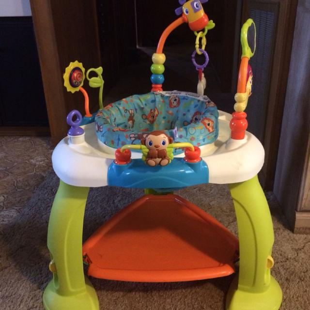 Baby Sit Stand Play Table