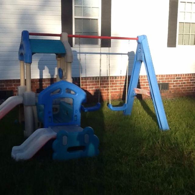 Best Little Tykes Step 2 Swingset Can Also Be Used With Toddler