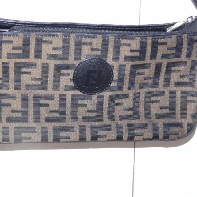 04098aa98b Find more Fendi Roma Italy 1925 Purse for sale at up to 90% off