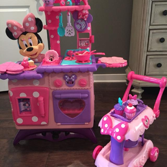 Find more Minnie Mouse Kitchen With Cupcake Dessert Cart for sale at ...