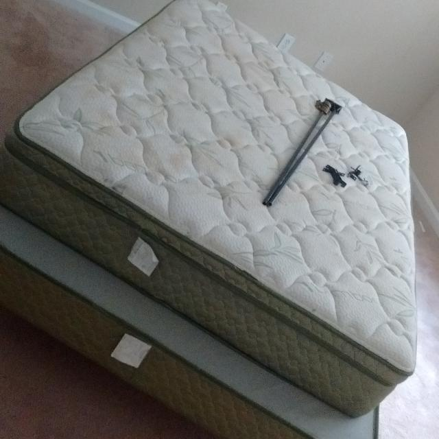 Find More Full Size Bed Pillow Top Mattress Box Spring And Bed