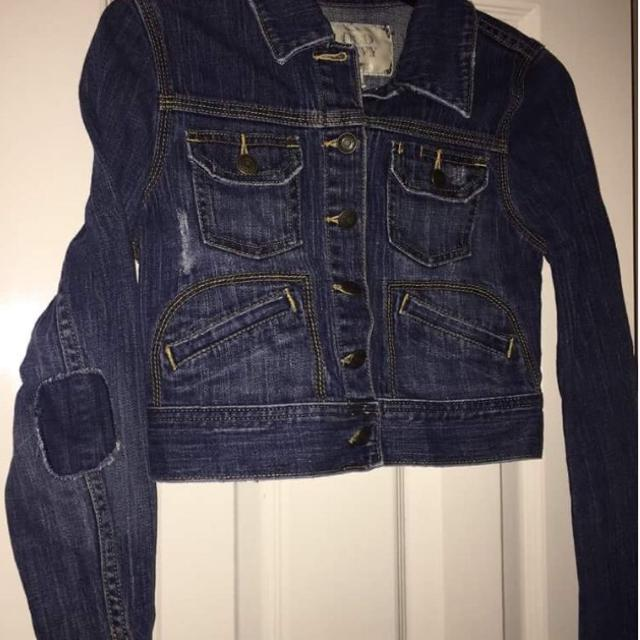 Old Navy extra small denim jacket with elbow patches  Smoke free home   Cross posted