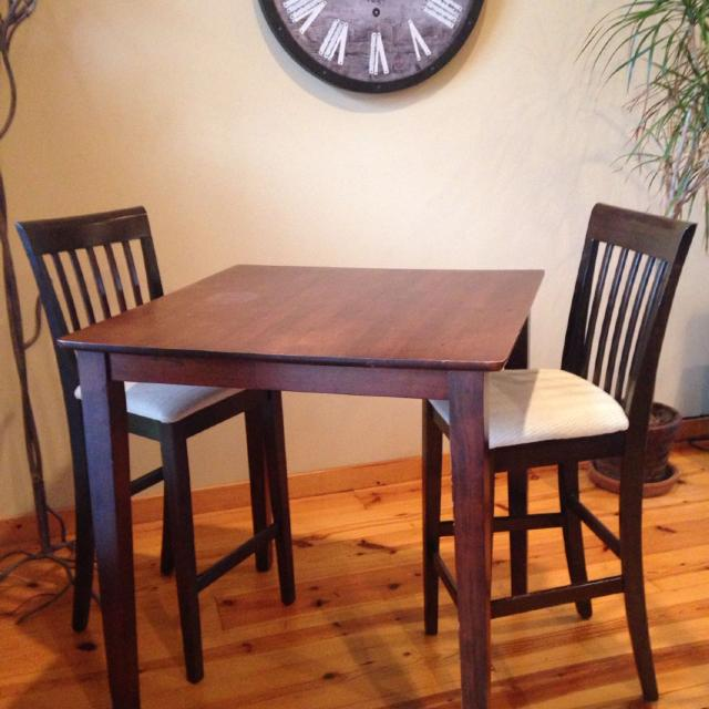 Tall Card Table With Chairs