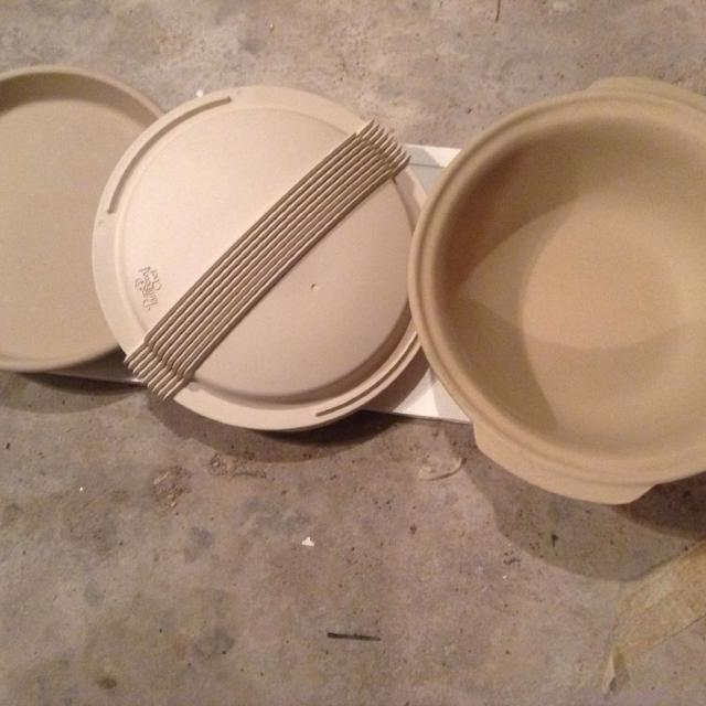 Best Pampered Chef Stoneware Deep Dish Baker, Stoneware Bowl/lid ...
