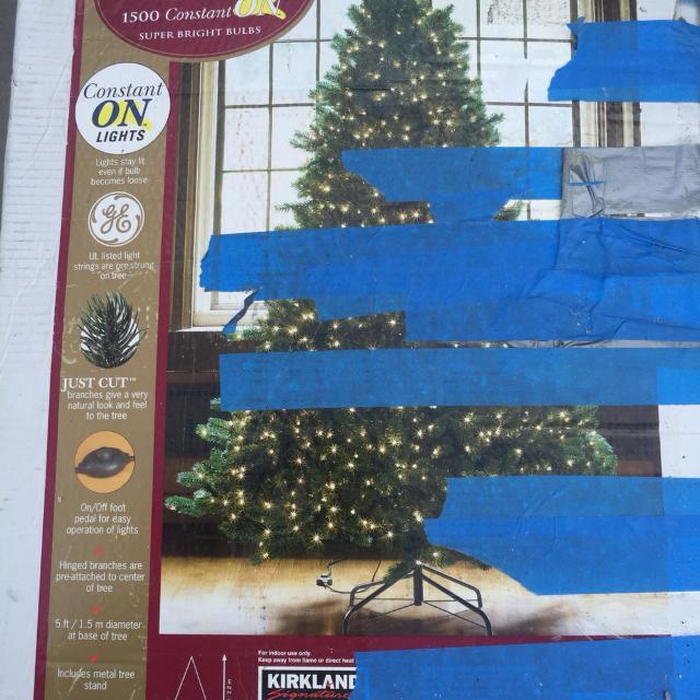 kirkland signature 7 12 ft pre lit christmas tree