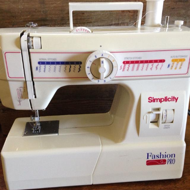 Best Simplicity Fashion Pro Sewing Machine For Sale In Portsmouth Gorgeous Simplicity Fashion Pro Sewing Machine