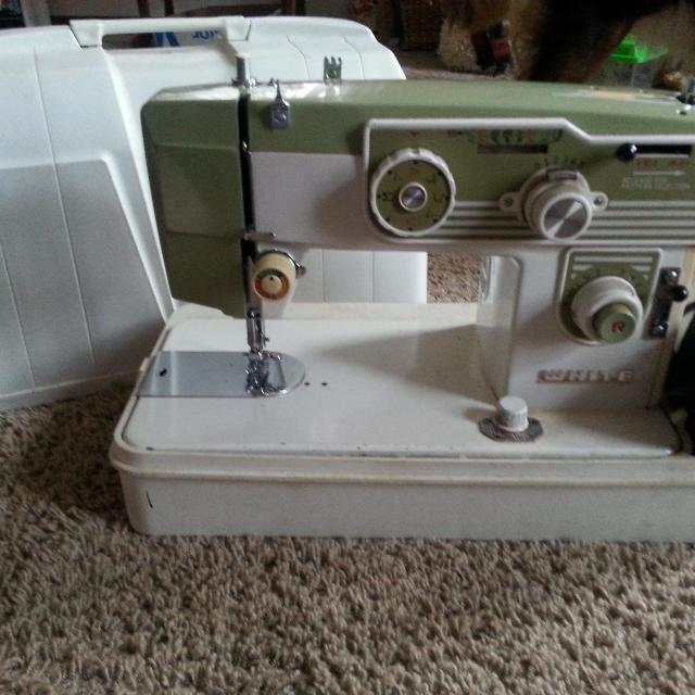 Find More White Zig Zag Sewing Machine Model 40 For Sale At Up To Stunning White Sewing Machine For Sale