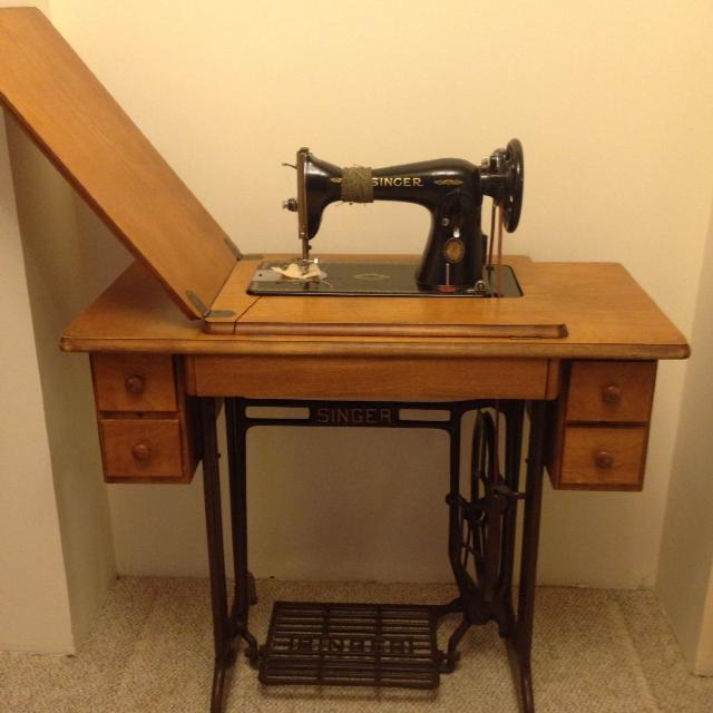 Find More 40 Singer Treadle Sewing Machine In 40 Drawer Cabinet Interesting Antique Singer Sewing Machine In Cabinet For Sale