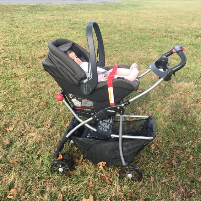 Find more Peg Perego Primo Viaggio 4-35 Car Seat With Base And ...