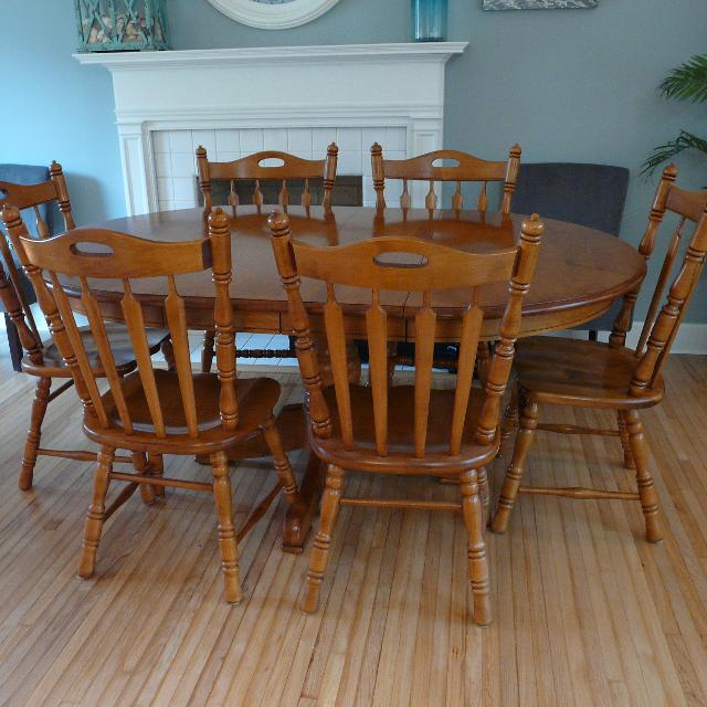 Hard Rock Maple Table With 6 Tell City Chairs
