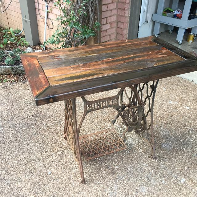 Best Singer Sewing Machine Base Table For Sale In Memphis Tennessee Inspiration Table With Sewing Machine Base