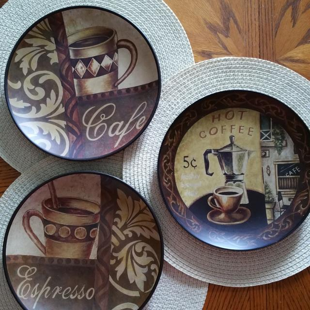 Set Of Three Coffee Theme Decorative Plates From Kirklands Dinner Plate Size