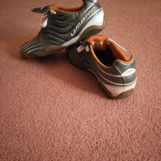 Best Umbro Indoor Soccer Shoes Size 5.5 for sale in Brockton Village ... b70e434ed4