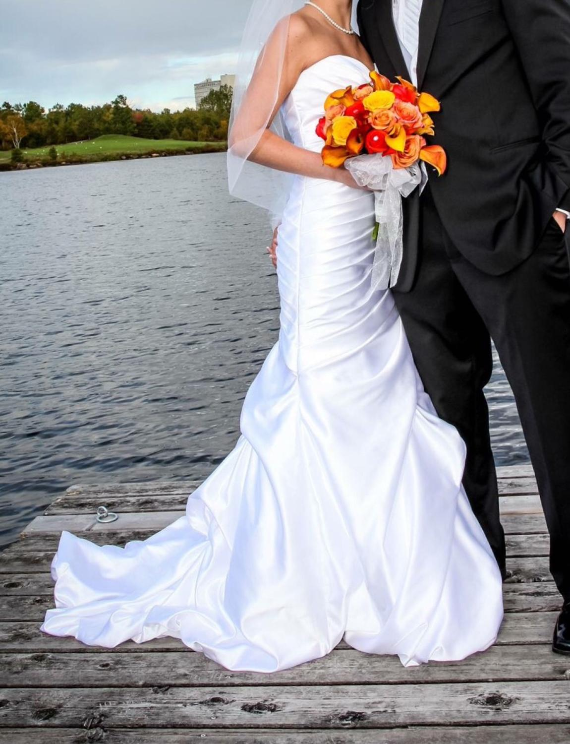 Best Ella Rosa Wedding Gown For Sale In Timmins Ontario For 2020