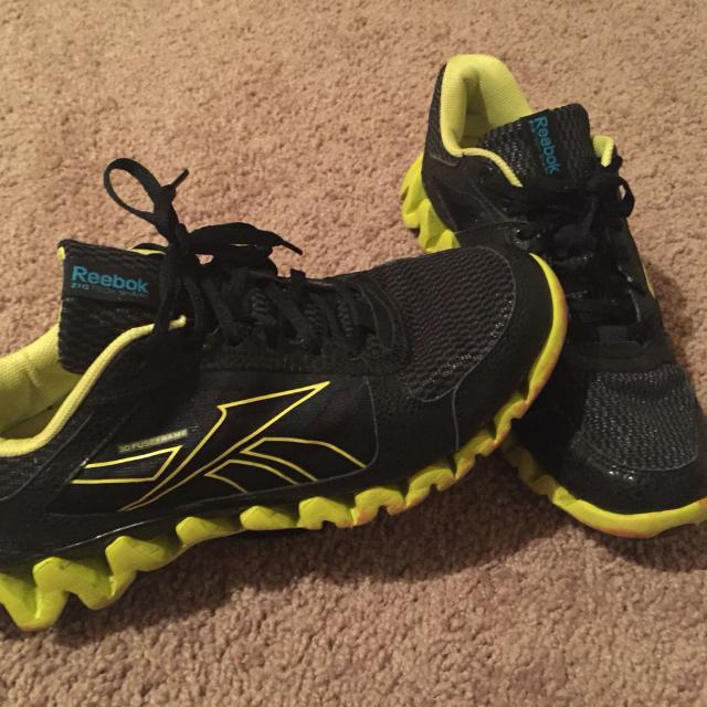 c02a7d65aee Find more Reduced!!! Reebok 3d Fuseframe Zigtech Shark for sale at ...