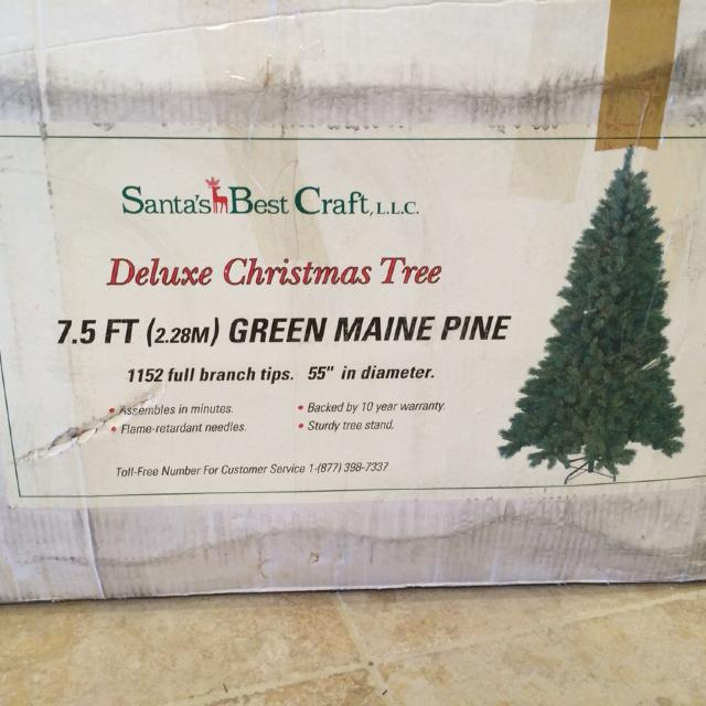 Santas Best Christmas Trees.Euc Santa S Best Craft Deluxe Christmas Tree 7 5 Feet Very Nice Quality Purchased New Pd 300 Comes W Additional Greenery To Wrap Middle