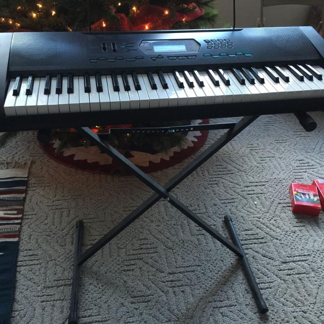 best casio ctk 2100 64 key keyboard with stand for sale in waycross georgia for 2019. Black Bedroom Furniture Sets. Home Design Ideas