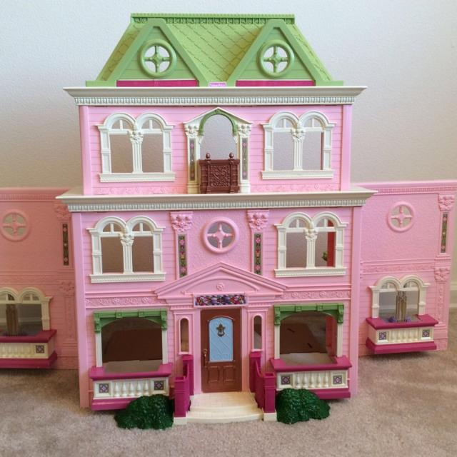 Find more fisher price loving family grand dollhouse pink green roof 4 story w staircase for - Houses attic families children ...