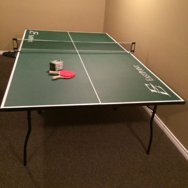 Brand New Eastpoint Ping Pong Table