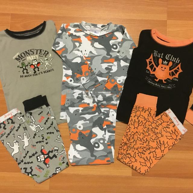 7dac78003 Find more Lot Of 3 Halloween Pajamas. Size 3t/4t. Brands Are Old ...