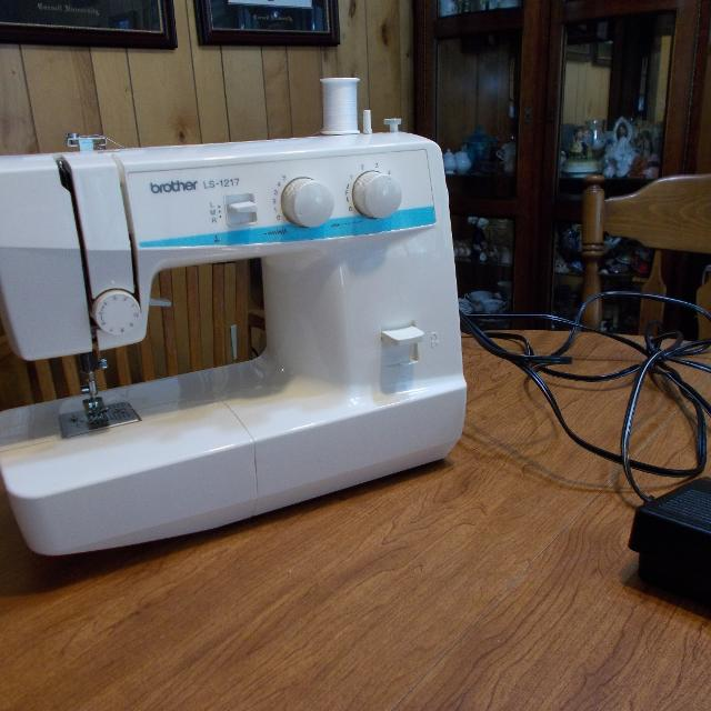 Best Brother Ls 40 Sewing Machine For Sale In Opelika Alabama For Cool Sewing Machine Brother Ls 1217