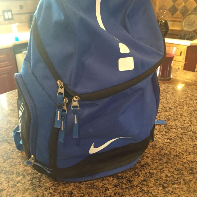 cb00d0d23b9 Nike Hoop Elite Max Air Team Backpack XL Great Condition (must meet in  White House