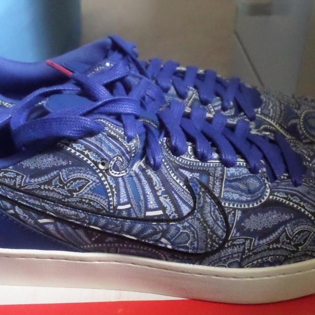 2cd07ad652c2 Find more Nike Kobe 8 Nsw Lifestyle Le