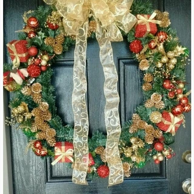 gorgeous large christmas wreaths 50 off - Large Christmas Wreath