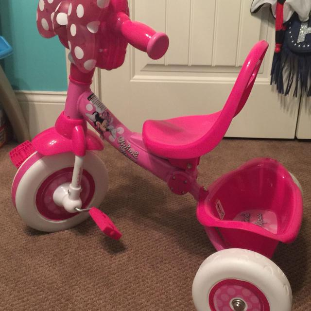 a29f095fe7b Find more Disney Minnie Mouse Trike...front Bow Lights Up And Plays ...