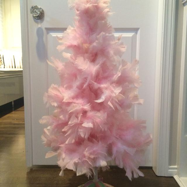 pink feather christmas tree approx 35 feet tall like new condition asking 75 - Feather Christmas Trees