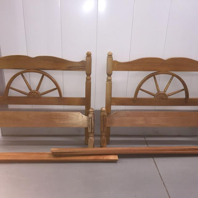 Find More Adorable Vintage Wagon Wheel Bed Frames For Sale At Up To