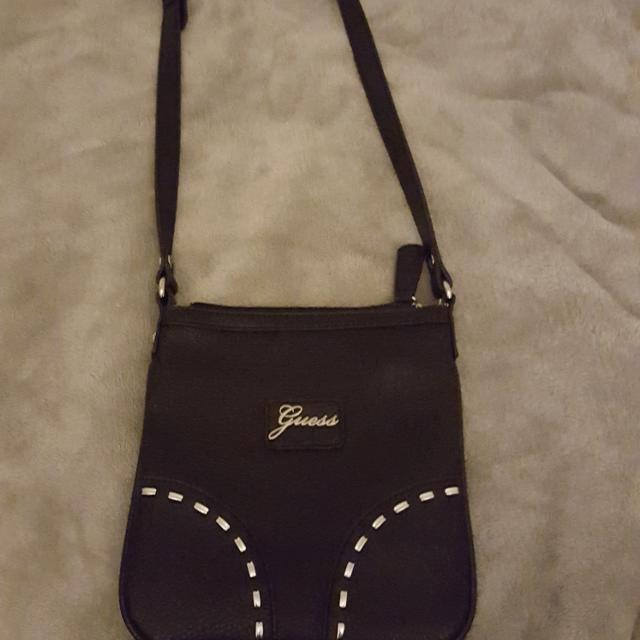 a023a2a636 Find more Guess Side Bag for sale at up to 90% off