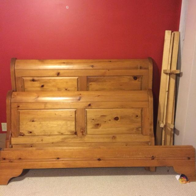 Find More Used Queen Size Pine Sleigh Bed For Sale At Up To 90 Off