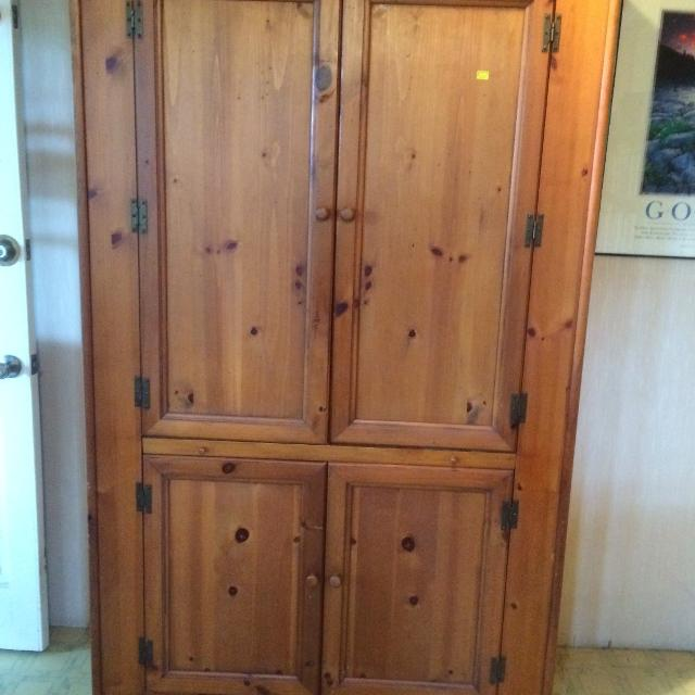 best lane solid pine armoire for sale in augusta georgia. Black Bedroom Furniture Sets. Home Design Ideas