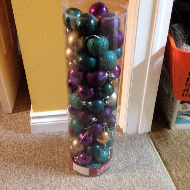 christmas tree decorations purple teal gold balls for christmas tree
