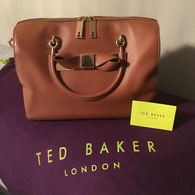 59e893c616c Find more Authentic Ted Baker Doctors Style Bag. Beautiful Leather ...