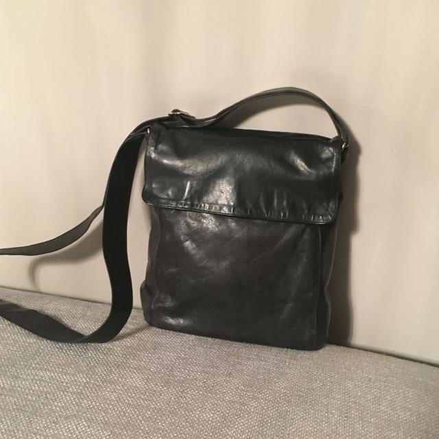 Rugby M0851 Crossbody Purse Softest Leather With 2 Pockets Inside For Small Items