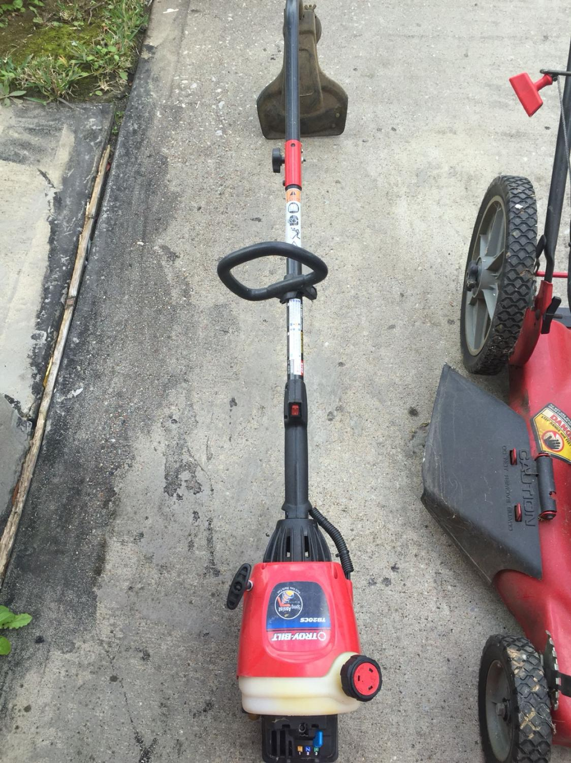 Find More Troy Bilt Tb20cs Spring Ist Stating Pull Easy And Starts Fast Weed Eater Perfect Working Condition For At Up To 90 Off